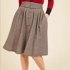 ModCloth Intern of Fate Midi Skirt Medium